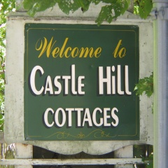Castle Hill Cottages